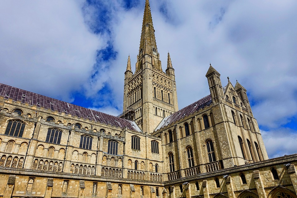 Byer uden turister - Den gamle katedral i Norwich