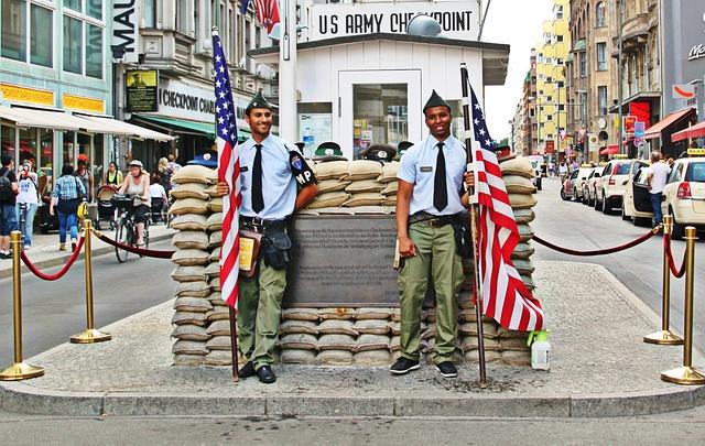 Seværdigheder i Berlin - Checkpoint Charlie