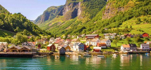 Rejsetilbud: Norges fjorde og fjelde