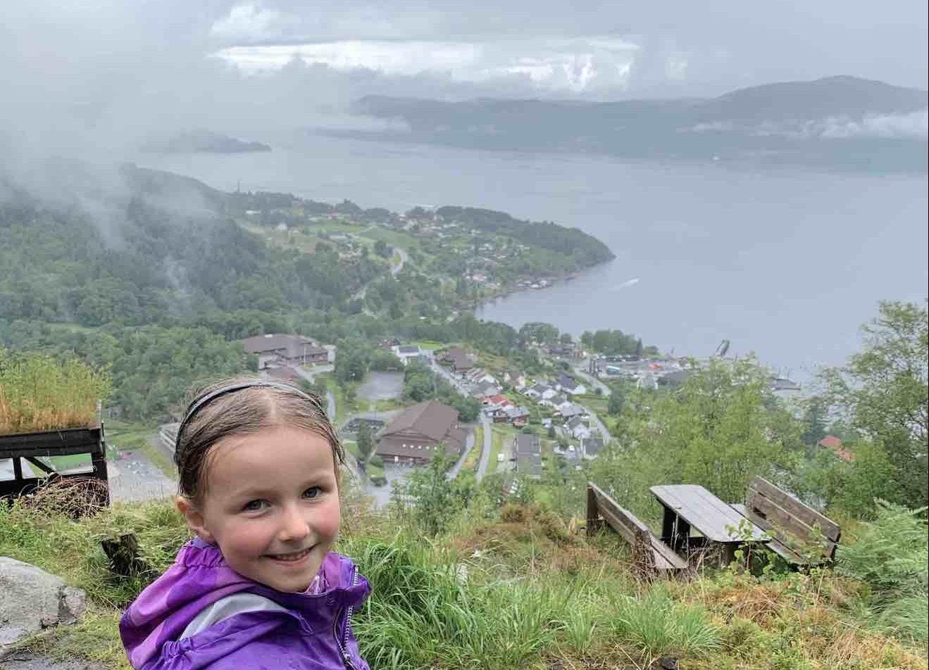 Oplev Hjelmeland i Norge