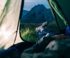 Få en god nattesøvn med det rigtige liggeunderlag