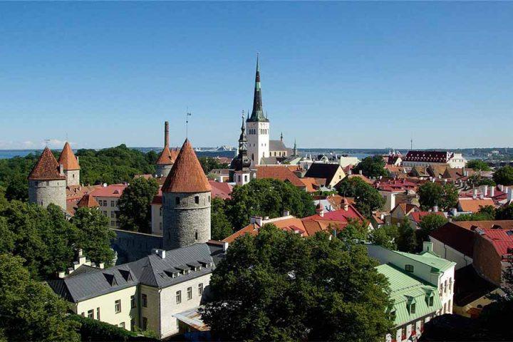 Estland har åbnet op for turister