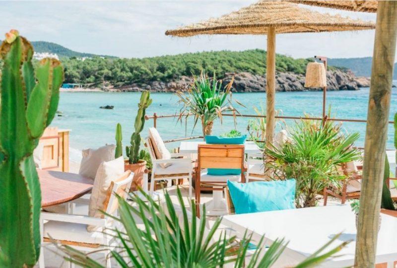 Festklædte strande og lækre cocktails: Her er verdens bedste beach clubs