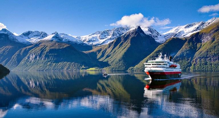 Krydstogt: Oplev det bedste af Norge med Hurtigruten